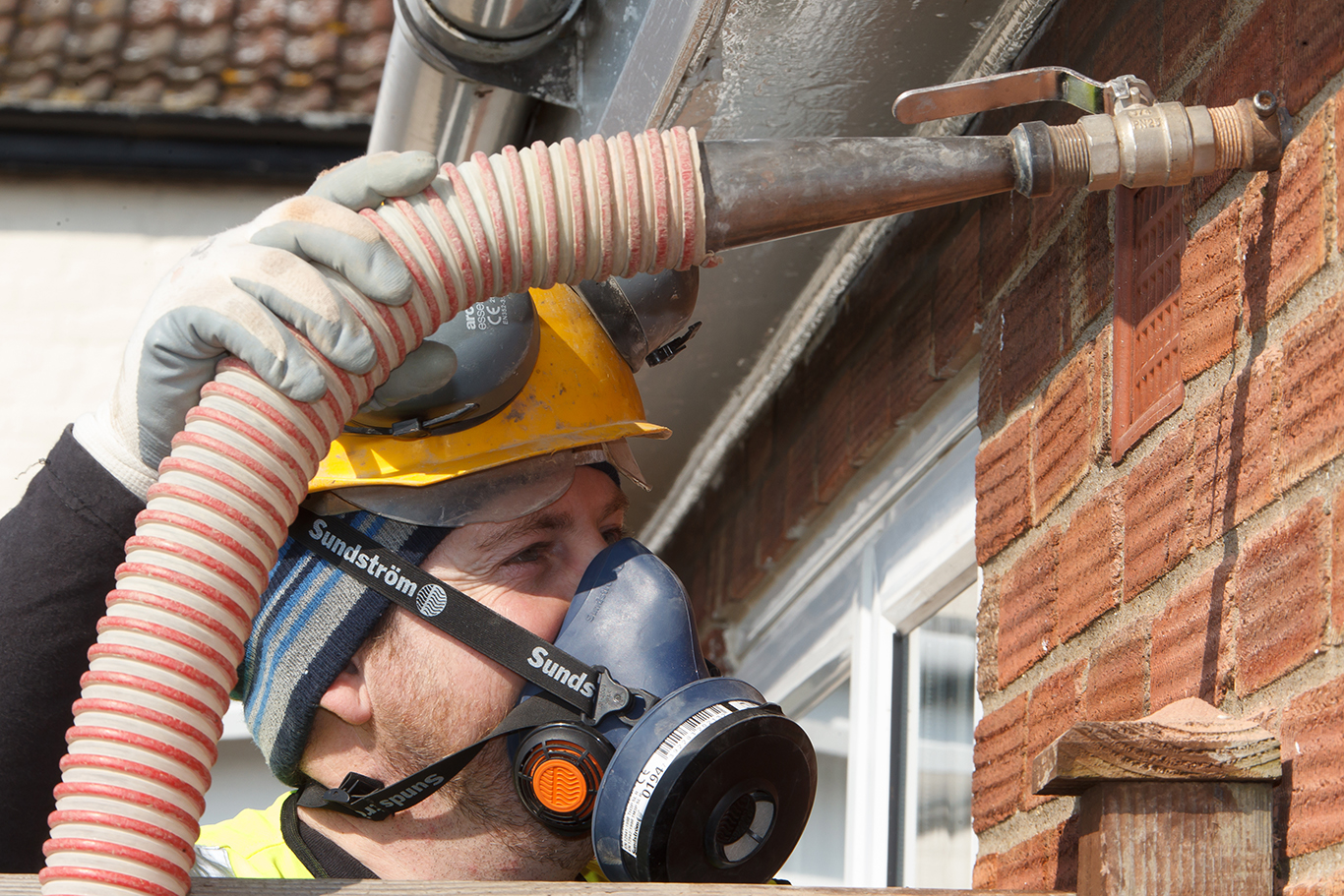 Free Cavity Wall Insulation installation